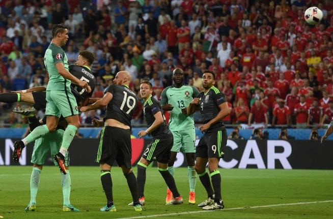 Cristiano Ronaldo despertó y llevó a Portugal a lafinal