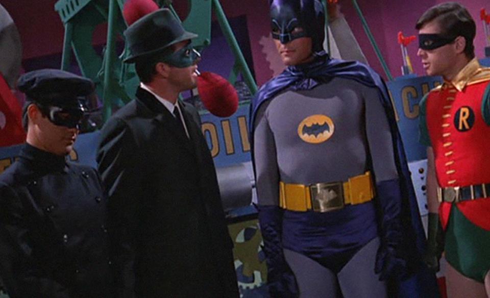 Bruce Lee y su absurda pelea con el Robin de los 60 (BurtWard)