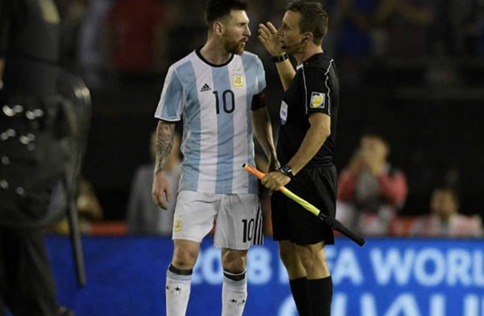 """Ni Messi, ni Argentina deberían necesitar """"ayudas"""" para ir alMundial"""