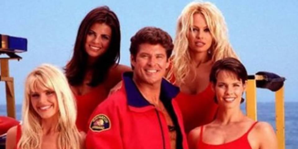 David Hasselhoff, las chicas de Baywatch y el estreno del remakefílmico