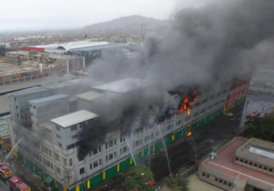 Las Malvinas: Nuevo incendio en Lima a días de MesaRedonda