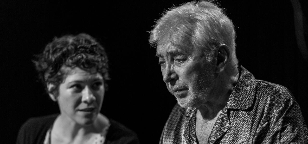 El padre con Osvaldo Cattone: ¿Cómo es vivir con Alzheimer? (Comentario deteatro)