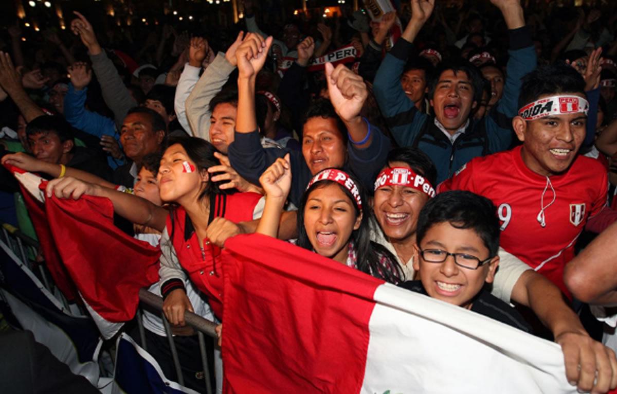 ¡Felices Fiestas Patrias, Perú!: Hay que celebrar con alegría serperuanos