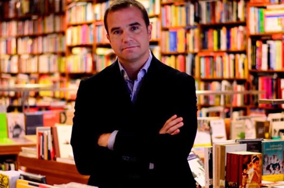 Raúl Tola y La noche sin ventanas: Su libro sobre el Perú y el nazismo(Comentario)