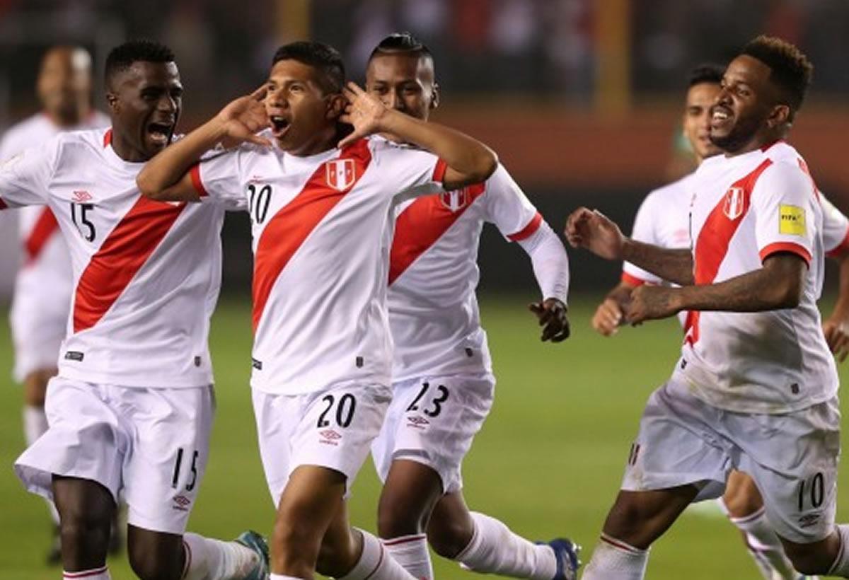 Perú ganó 2 a 1 a Bolivia y seguimos con vida: Golazos de Flores y Cueva(Crónica)