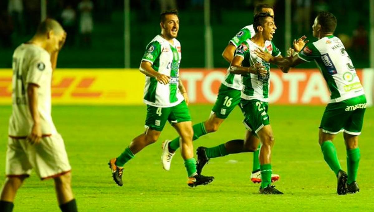 Universitario perdió dos a cero contra Oriente Petrolero en Bolivia (C.Libertadores)