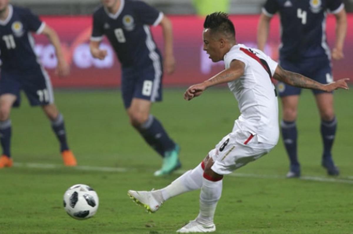 Perú se despide de la afición peruana ganando a Escocia en el Primer Tiempo(Análisis)