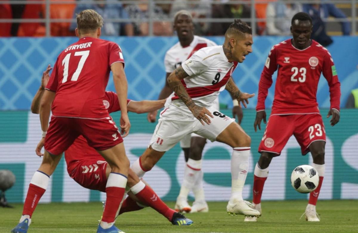 Perú perdió en el debut con Dinamarca, perdióluchando