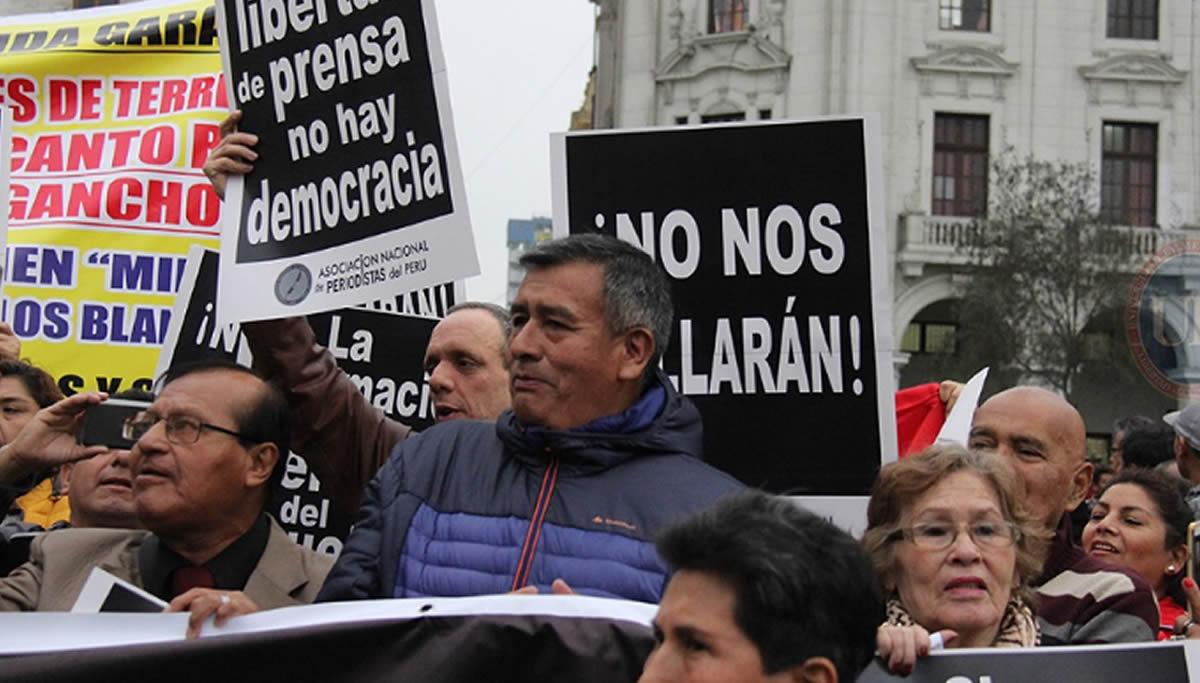 Marchar contra la corrupción, por el Perú que nosmerecemos