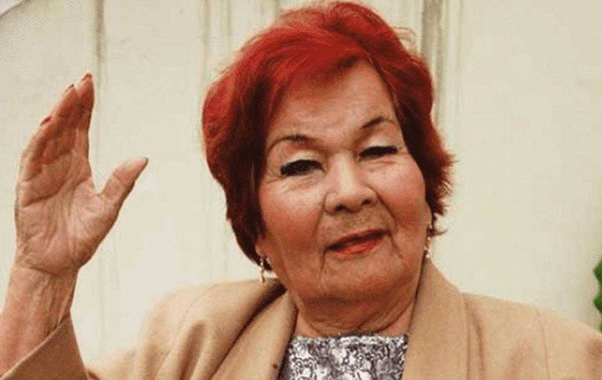 El adiós a la voz de Olvídala Amigo: CarmencitaLara