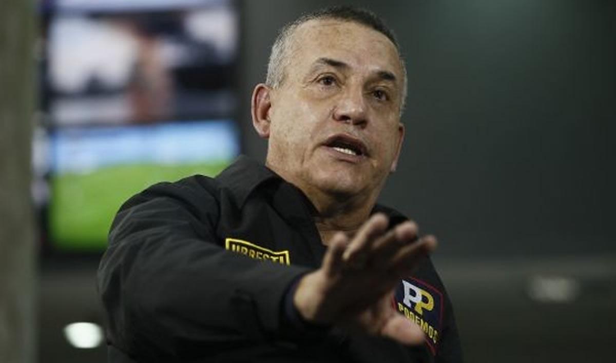 A Daniel Urresti sólo debe esperarle la cárcel por asesinato a HugoBustíos