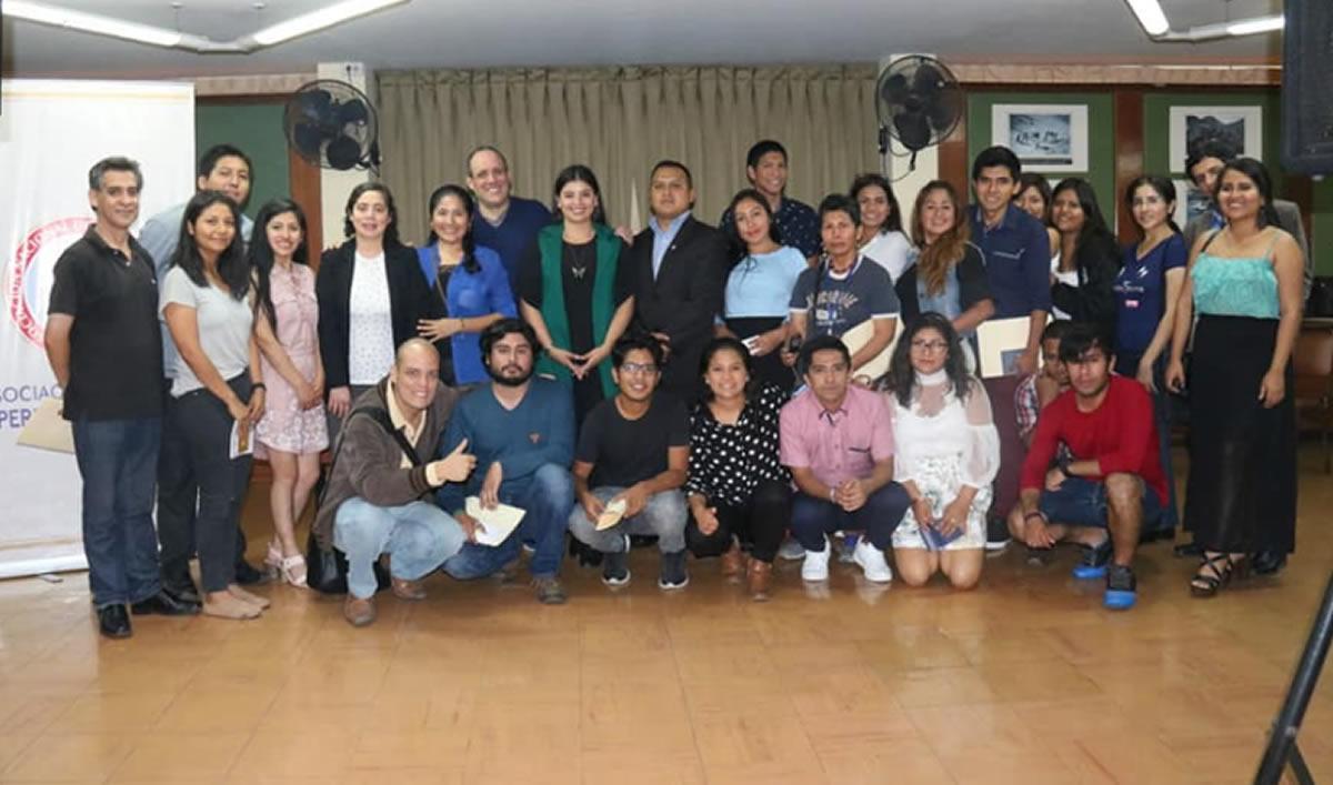 Juventud, divino tesoro: Trabajar con jóvenes siempre esgratificante