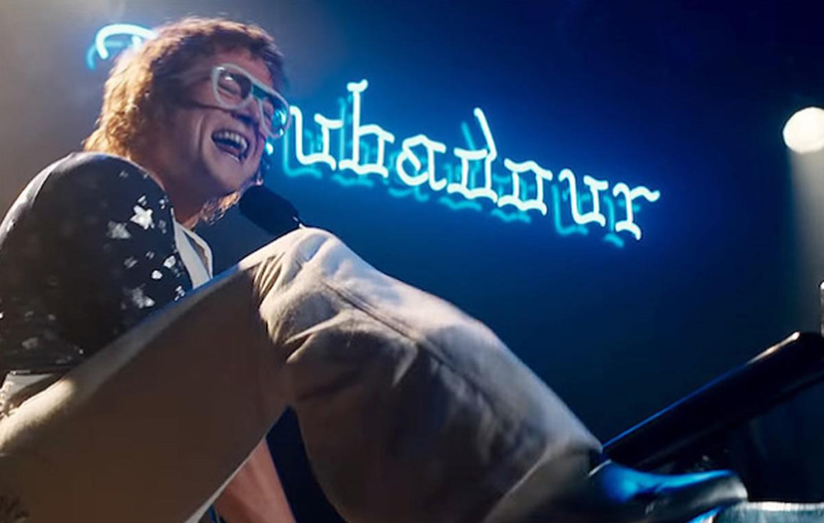 Elton John y Godzilla, dos fenómenos populares lideran lacartelera