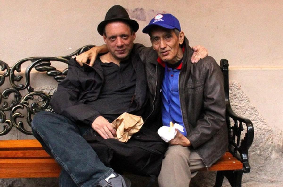 Cuando muere un mentor: Mi despedida al amigo ErnestoChávez