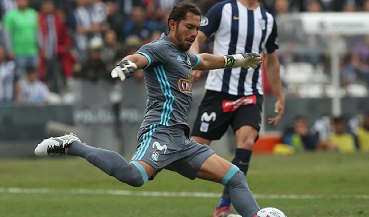 """El """"Pato"""" Álvarez fue campeón con la """"U"""" de Ángel Comizzo en2013"""