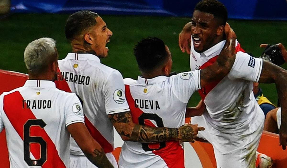 """Copa América: Perú despertó con goles de Guerrero, Farfán y el""""Orejas"""""""