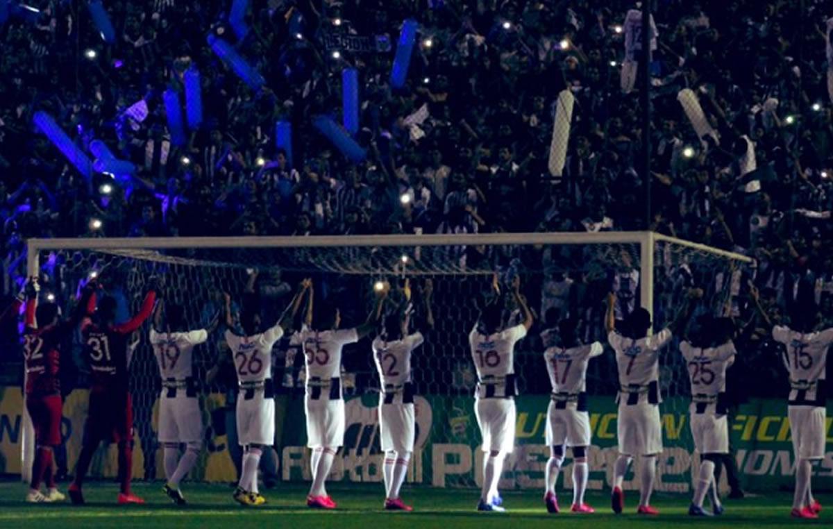 Alianza Lima no la pasó bien en la NocheBlanquiazul