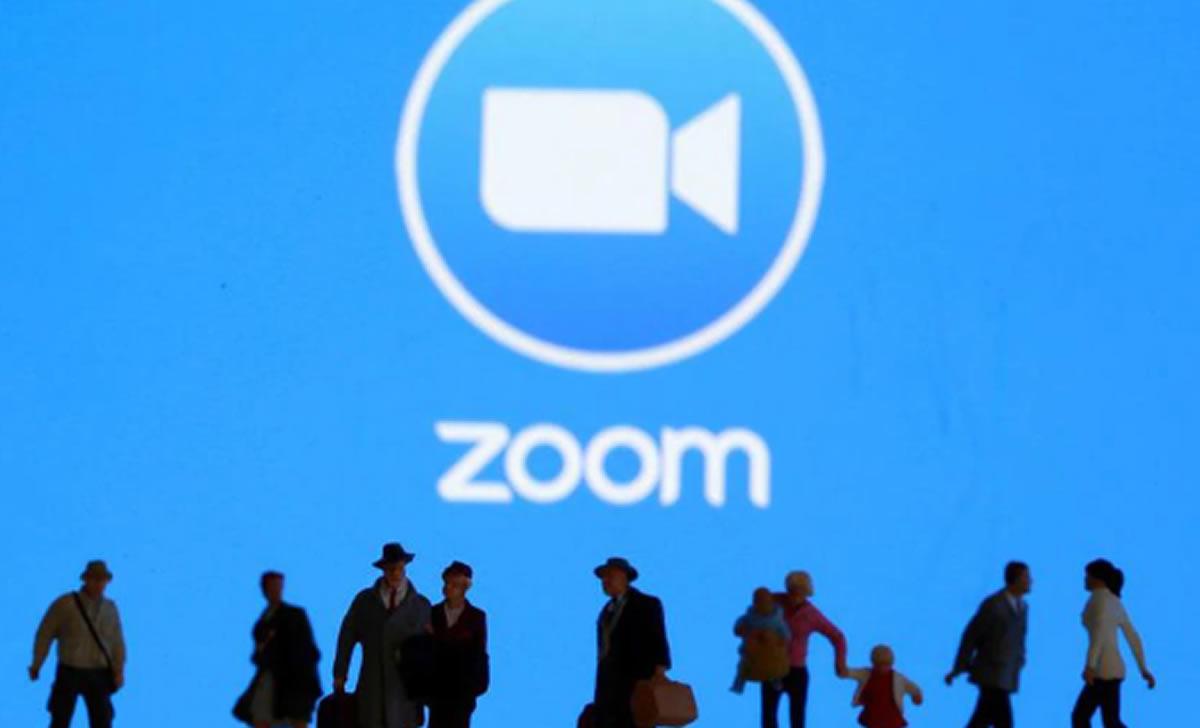 El Zoom y mantenerse comunicados durante el aislamientosocial